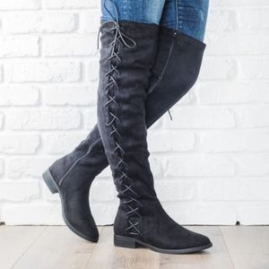 Shoes - TRINIE Lace up Boots - BLACK